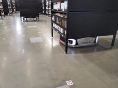 Сортировочные роботы Geek+ s20 в Декатлоне_3
